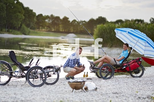 Bequem zurückgelehnt Rad zu fahren, hat einen ganz eigenen Reiz, den man auch auf längeren Radtouren auskosten kann.
