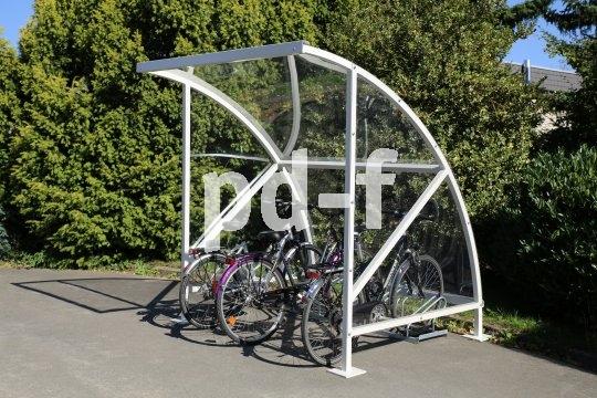 Eine überdachte Fahrrad-Abstellanlage ist immer eine gute Sache, wenn man den Radverkehr stärken will.