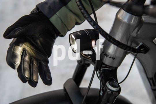 Moderne Fahrradbeleuchtung zeichnet sich durch viel Licht und homogene Ausleuchtung aus.
