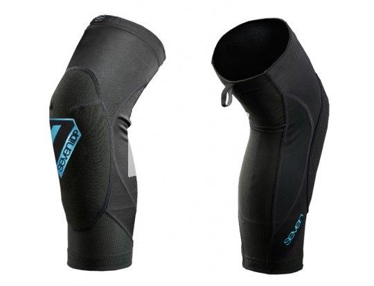Knieprotektoren sollen Schutz im Falle eines Falles bieten, ansonsten aber bequem zu tragen sein. Idealerweise verrutschen sie nicht und sind atmungsaktiv.