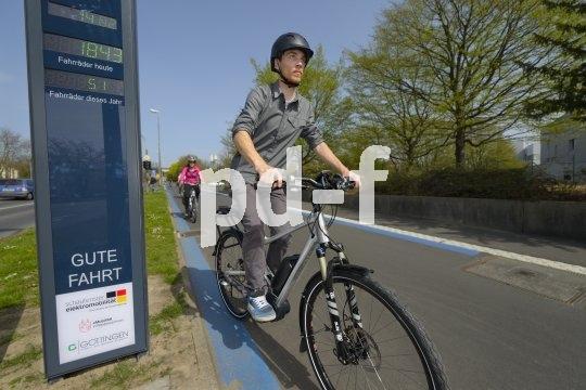 Radschnellwege sind ein Patentrezept zur Steigerung des Radverkehrs. Die einen nutzen sie, weil sie so noch flotter vorankommen, den anderen gefällt die Idee eines geschützten Verkehrsraumes für Radler.