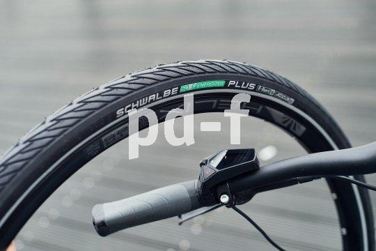 """Speziell für Fahrräder mit E-unterstützung inklusive der schnellen S-Pedelecs entwickelte Reifenspezialist Schwalbe seinen """"Energizer Plus"""" weiter. Eine neue Gummimischung und ein starker Durchstichschutz sorgen für Leichtlauf, Grip und Haltbarkeit."""