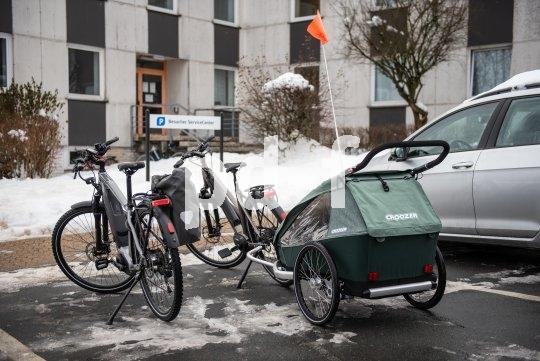 Minimaler Flächenverbrauch und trotzdem Platz für vier Personen. So klappt es mit der Verkehrswende.