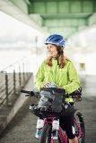 Ein spannender Trend ist Bike-Packing: Reisen mit reduziertem Gepäck, das ohne Trägersysteme direkt am Rad befestigt wird.