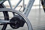 """Beim E-Bike zeigt sich ein Trend zur Ausdifferenzierung: Die Motorenhersteller bieten unterschiedliche Motoren mit zur Radgattung passenden Charakteristika an. Hier der Mittelmotor """"Brose Drive C"""" von Brose für Stadträder, mit gemäßigtem Drehmoment, harmonischem Ansprechverhalten und hoher Reichweite."""