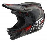 Was beim Motocross gut ist, taugt auch beim Downhill: Vollvisierhelme bietet maximalen Schutz im Falle eines Falles. Dieser Carbon helm ist von Troy Lee designed.