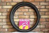 """Neue Reifen braucht das Land: Der """"Marathon E-Plus"""" von Schwalbe ist ein speziell für den Gebrauch an E-Bikes weiterentwickelter Pneu der """"Marathon""""-Serie und darf mit seiner ECE-R75-Zulassung auch an den schnellen S-Pedelecs genutzt werden."""
