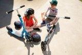 Um mit coolen Kappen konkurrieren zu können, müssen Kinderhelme gut passen und ebenfalls einen akzeptablen Coolnessfaktor mitbringen.