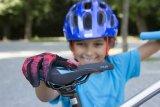 Ergonomisch angepasste Komponenten wie Sättel, Griffe und Pedale ermöglichen Kindern ein besseres Radfahren.