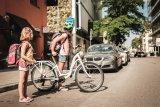 """Vollwertig ausgestattete Fahrräder für Kinder werden derzeit immer leichter, wie Puky mit dem 24-Zöller """"Skyride AL 24-8"""" zeigt."""