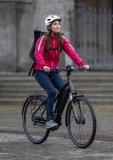 E-Bikes sind eine Lösung, wenn es zuviele Berge oder zuviele Kilometer auf der angepeilten Strecke gibt.