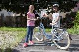 Auch Jugendräder sind inzwischen im angesagten Retro-Look erhältlich. Natürlich sind sie mit modernster Technik ausgestattet, etwa einer sicheren Lichtanlage.