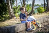 Nichts geht über ausreichend Pausen, wenn Kinder die ersten selbst zurückgelegten Wegstrecken in den Beinen haben.