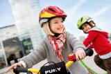 Das Fahrrad ist die erste Maschine, die ein Kind zu beherrschen lernt. Entsprechend groß ist der Stolz kleiner Radler, wenn sie den Dreh raus haben.