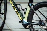 Bei Aero-Rahmen ist speziell das Unterrohr so verformt, dass das Rad windschnittiger ist.