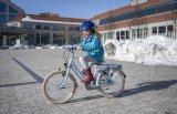 """Ein klassisches Kinderrad mit StVZO-Vollausstattung für die Straße, für Kinder ab etwa Schulanfang: das Modell """"Skyride 20-3 Alu light"""" von Puky."""
