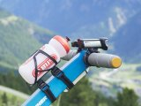 Beleuchtung, Trinkflasche und GPS sind bereit: Die Tour kann losgehen.
