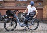 """Der """"E-Trunk"""" ist eine wasserdichte, formstabile Tasche für die Montage auf dem Gepäckträger. Hersteller Ortlieb hat sie speziell für E-Bikes konzipiert."""