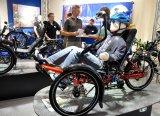 Vielfältige Um- und Anbaumöglichkeiten machen das Liegedreirad auch für Menschen mit Handicap zur Mobilitäts-Option.