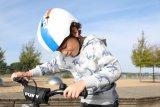 Der Helm muss gut sitzen, und gut aussehen sollte auch. Dann wird er auch gern getragen.