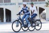 Niedriger Einstieg, aufrechte Sitzposition: So sieht heute ein E-Bike für den Alltagsgebrauch in der Stadt aus.