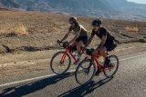 Mit dem Gravel-Bike ist auch jenseits des Asphalts zügiges Kilometerfressen möglich. Man kommt also weit herum, wenn die Kondition reicht.
