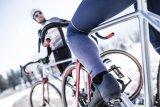 Auch im Winter gibt es wenig Grund, auf aktiven Radsport zu verzichten. Alles eine Frage der richtigen Ausrüstung, von den Socken bis zur Trinkflasche.