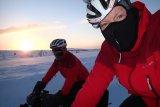 Winterfreuden? Auch bei Schnee und Minusgraden kann man auf dem Rad viel Spaß haben. Es kommt nur auf die richtige Kleidung an.