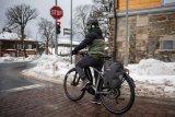 Die richtige Kleidung und geeignete Reifen - das sind die zentralen Faktoren des Radfahrens im Winter.