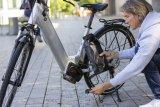 """Vor Schmutz und Nässe geschützt ist das Ladegerät in der """"Charger Bag"""" von Hersteller Fahrer Berlin - ein großer Vorteil beim Laden etwa an einer öffentlichen Ladesäule."""