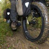 Arbeiten im Wald: Förster im E-Bike Modus