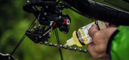 Kettenöl Fett Kriechöl Welches Schmiermittel Wo Am Fahrrad
