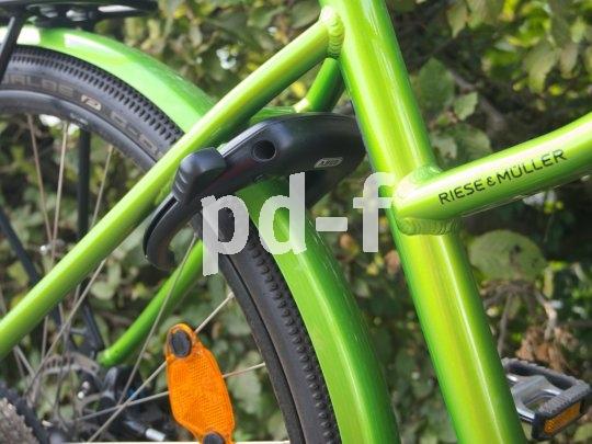 Ist das Rahmenschloss einmal verriegelt, ist es nichts mehr mit dem Fahren. Wegtragen lässt sich das Rad aber sehr wohl noch.