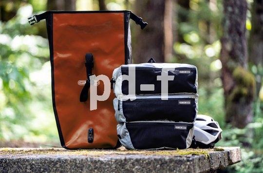 """Ordnung in die beliebten wasserdichten Packtaschen bringt Hersteller Ortlieb mit den """"Packing Cubes"""": Drei übereinander passende Einsätze zur praktischen Aufteilung des Gepäcks. Übersicht ist alles."""