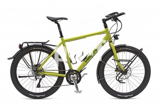 Reiseradler sind Individualisten, und so wünschen sie sich auch ihr Fahrrad: in Sachen Sitzposition und Komponenten genau an ihre Bedürfnisse angepasst.