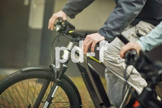 Die Hände sind ein wichtiger Kontaktpunkt zwischen Mensch und Fahrrad. Griffwinkel und -weite sollten genau passen.