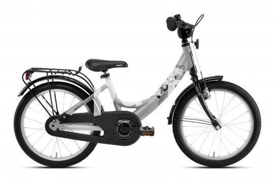 Bis auf die Beleuchtung schon alles dran: ein 18-Zoll-Kinderrad von Puky.