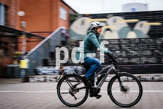 Bei jedem Wetter vollgefedert und mit elektrischer Unterstützung auf dem Rad unterwegs sein zu können muss kein Traum bleiben. Fahrradtyp, Motorauslegung und Komponenten müssen allerdings zusammenpassen.