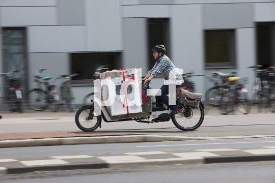 Lastenräder stehen symbolisch für die Verkehrswende. Sie eignen sich im urbanen Bereich für den Transport jeglicher Art.
