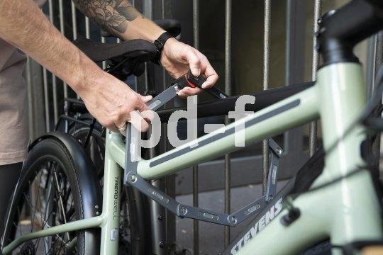 """Fahrradschloss zu kurz? Dieses nicht: Die Firma Abus hat mit dem Modell """"Ugrip Bordo 5700/100"""" ein Faltschloss in 100 cm Länge im Programm."""