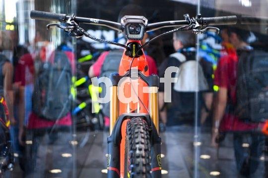 """Die Fahrradmesse Eurobike wird zur Präsentation von Neuheiten und Weltpremieren genutzt. Hier das neue E-MTB """"Flyon Nduro 10.0"""" von Haibike."""