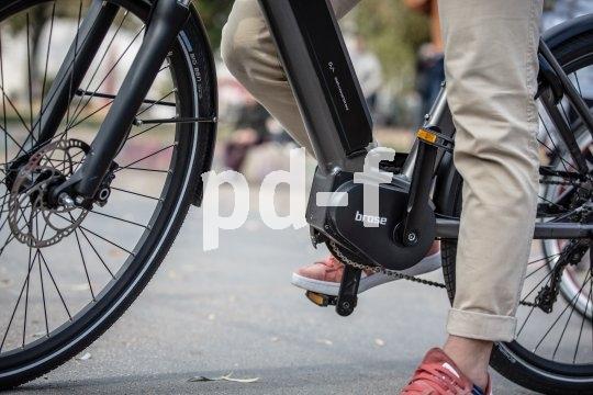 E-Bike-Antriebsspezialist Brose bietet jeweils optimal konfigurierte Antriebe für unterschiedliche Einsatzbereiche. Hier ein Blick auf den Motor/Tretlagerbereich eines Pedelecs mit Brose-Motor in einem Aluminiumgehäuse.
