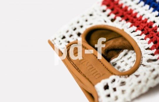 """Schick und nützlich: Fahrradhandschuhe im Stil der Siebziger, oben gestrickt, unten mit gepolstertem Leder - Modell """"De Franc"""" von Hersteller Thousand."""
