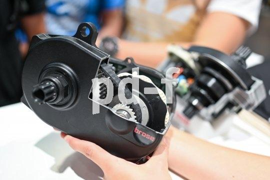 Zahnriemen finden auch innerhalb der Pedelec-Motoren Verwendung (hier: Brose), nicht nur in der Kraftübertragung vom Tretlager zum Hinterrad.