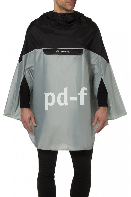 """Ein Regenponcho schützt den ganzen Körper vor Nässe; für Fahrradfahrer gedacht ist das Modell """"Covero Poncho II"""" von Vaude."""
