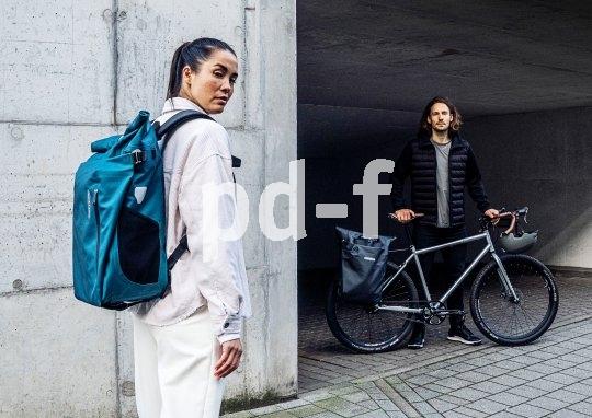 Ortliebs wasserdichte Packtasche Vario PS macht auch als Rucksack eine gute Figur.