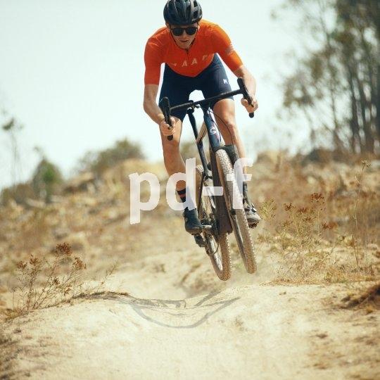 Immer ein Blickfang ist die Monostay-Gabel. Hersteller Cannondale rüstet auch Gravel-Bikes damit aus.