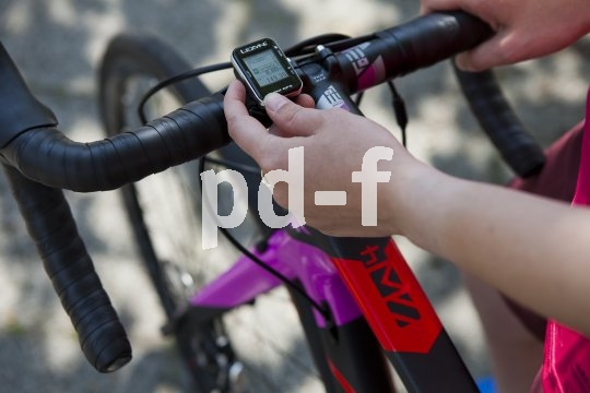 Fahrradtachos mit GPS-Funktion sind heute Standard.