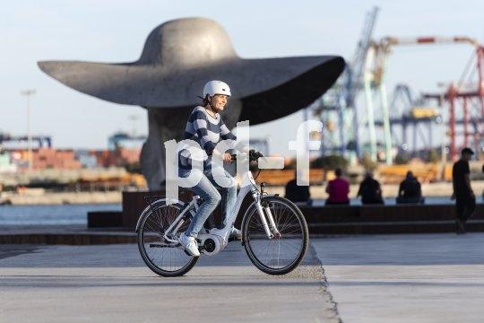 Nicht mehr wegzudenken: das E-Bike im städtischen Verkehrsalltag.