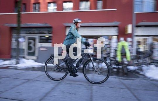 """E-Bikes werden immer präziser konzipiert. Das Stevens """"E-Gadino"""" setzt bewusst vor allem auf Reichweite. Die Unterstützung durch den Shimano-Motor ist deswegen in der Spitze etwas begrenzt worden."""
